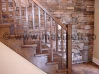 Poza Cum sa remodelezi o scara din lemn pentru interior 1