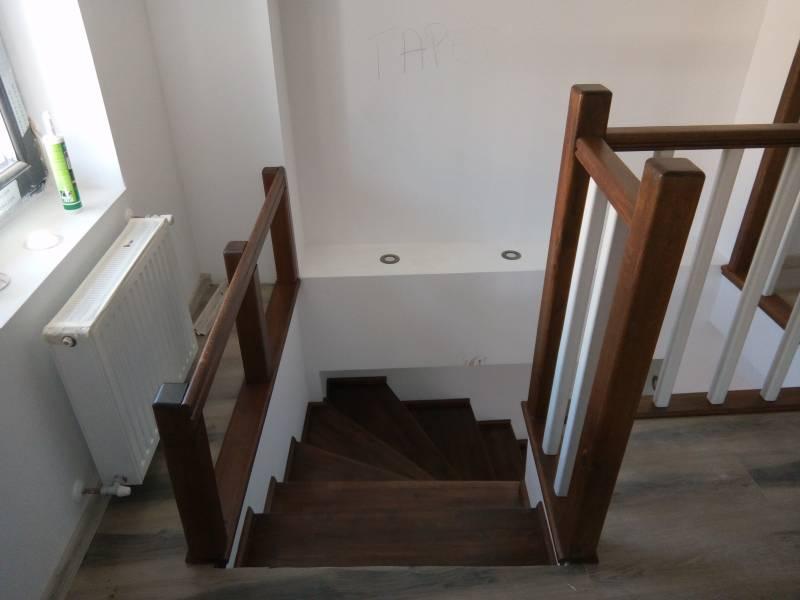 Poza Balustrada din lemn de interior M3 1