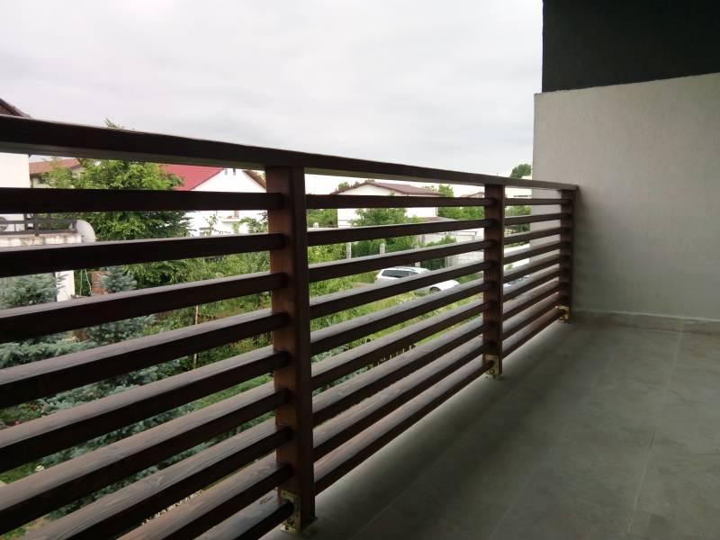 Poza Balustrada din lemn pentru exterior